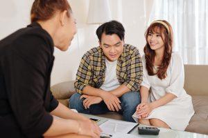 Signing rental agreement